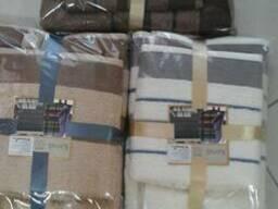 Полотенца в комплекта