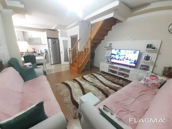 На продажу выставлена просторная квартира 3 2