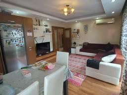 Выставлена на продажу квартира 2 1 в ЖК с огромной территорией в районе Лиман.